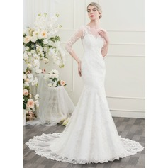 Trumpet/Mermaid Scoop Neck Chapel Train Wedding Dress