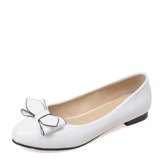 Women's PU Flat Heel Flats Closed Toe With Bowknot shoes (086154577)