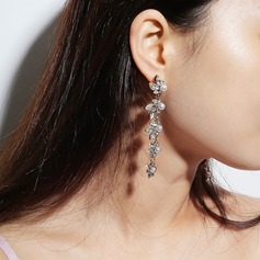 Unique Alloy With Rhinestone Women's Fashion Earrings (Set of 2)