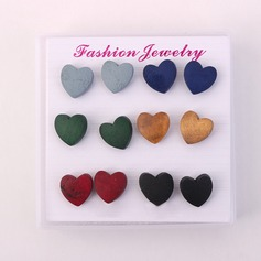 Fashional Resin Wood Ladies' Fashion Earrings