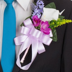 Pretty Free-Form Cloth Boutonniere