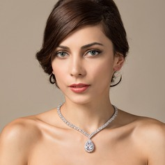 Beautiful Zircon/Platinum Plated Ladies' Necklaces (011051082)