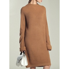 Knitting Knee Length Dress (199140451)