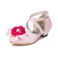 Girl's Satin Low Heel Closed Toe Pumps With Imitation Pearl Flower