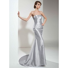Trumpet/Mermaid Sweetheart Sweep Train Taffeta Evening Dress With Ruffle Beading