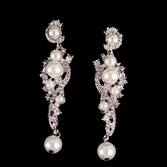 Fashional Alloy Rhinestones With Imitation Pearl Rhinestone Ladies' Fashion Earrings