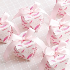 Creative/Lovely diamond shape Card Paper Favor Boxes & Containers With Ribbons