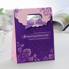 Romantic pattern style Favor Bags With Ribbons