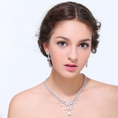 Beautiful Zircon With Cubic Zirconia Ladies' Jewelry Sets