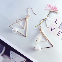 Fashional Gold Plated Copper With Imitation Pearl Gold Plated Ladies' Fashion Earrings