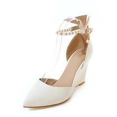 Women's PU Wedge Heel Pumps Closed Toe Wedges With Imitation Pearl Chain shoes