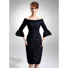 Linjeform Off-the-Shoulder Knelengde Chiffong Cocktailkjole med Frynse (016021259)