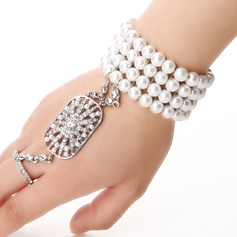 Luxurious Alloy/Imitation Pearls Ladies' Bracelets/Rings