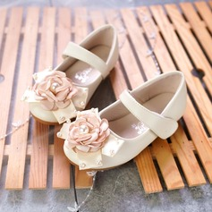 Girl's Closed Toe Microfiber Leather Flat Heel Flats Flower Girl Shoes With Beading Bowknot Imitation Pearl Velcro Flower