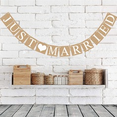 """Just Married"" Card Paper Photo Booth Props/Banner"