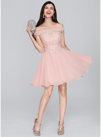 A-Line/Princess Off-the-Shoulder Short/Mini Chiffon Homecoming Dress With Beading Sequins