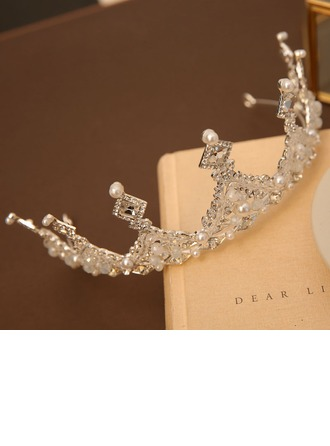 con La perla de faux/Diamantes de imitación Tiaras (Sold in a single piece)