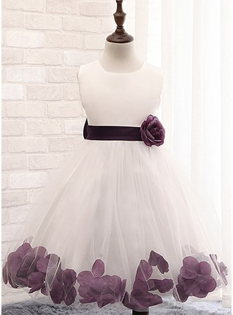Ball Gown Knee-length Flower Girl Dress - Cotton Blends Sleeveless Scoop Neck With Flower(s)/Bow(s)/Rose Petals