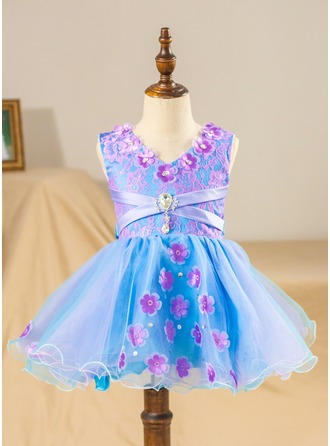 Ball Gown Knee-length Flower Girl Dress - Tulle/Lace Sleeveless V-neck With Beading/Flower(s)/Bow(s)