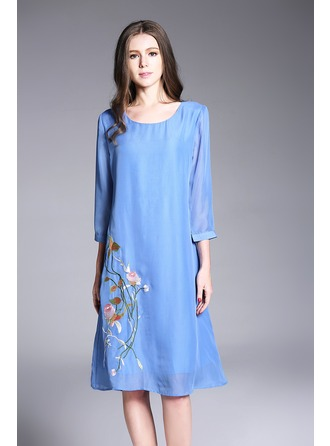 Chiffon With Applique Knee Length Dress