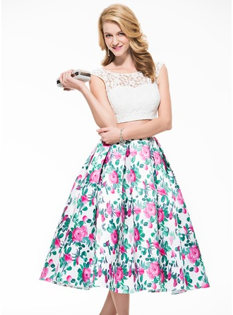 A-Line/Princess Scoop Neck Tea-Length Lace Prom Dress