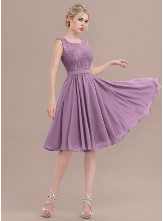 Square Neckline Knee-Length Chiffon Lace Bridesmaid Dress