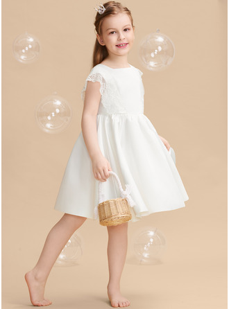 Knee-length Flower Girl Dress - Satin Lace Sleeveless Square Neckline With Bow(s)