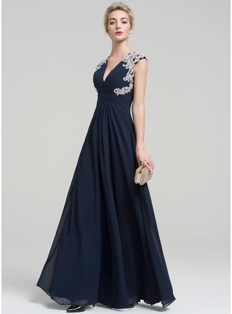 A-Line/Princess V-neck Floor-Length Chiffon Evening Dress With Appliques Lace