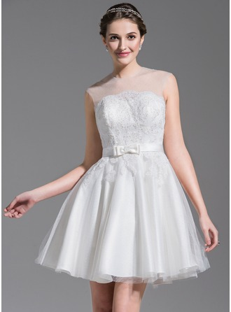 A-Line/Princess Scoop Neck Short/Mini Tulle Lace Wedding Dress With Beading Sequins Bow(s)