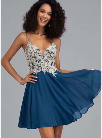 V-neck Short/Mini Chiffon Prom Dresses With Beading