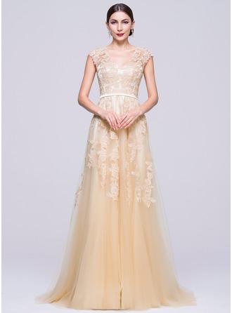 A-Line/Princess V-neck Sweep Train Tulle Evening Dress With Appliques Lace