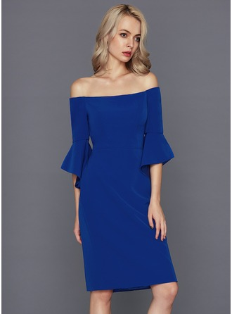 Linjeform Off-the-Shoulder Knelengde Satin Cocktailkjole