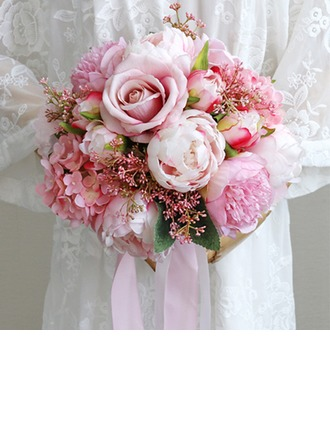 Comely Free-Form Cloth/Ribbon Bridal Bouquets -