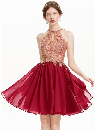 A-Line/Princess Scoop Neck Knee-Length Chiffon Prom Dress With Beading