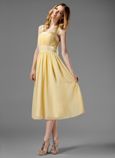 A-Line/Princess Halter Tea-Length Chiffon Bridesmaid Dress With Ruffle Bow(s)