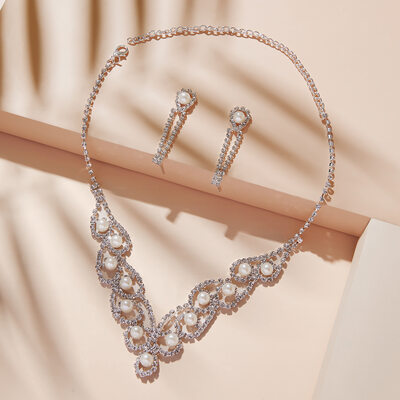 Vintage Alloy/Copper With Rhinestone/Imitation Pearls Ladies' Jewelry Sets