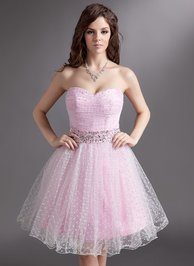 A-Line/Princess Sweetheart Knee-Length Tulle Holiday Dress With Ruffle Beading