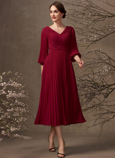 A-Line V-neck Tea-Length Chiffon Mother of the Bride Dress With Pleated