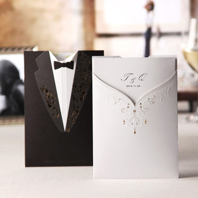 Personalized Bride & Groom Style Wrap & Pocket Invitation Cards (Set of 20)