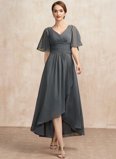 A-Line V-neck Asymmetrical Chiffon Cocktail Dress With Ruffle Beading