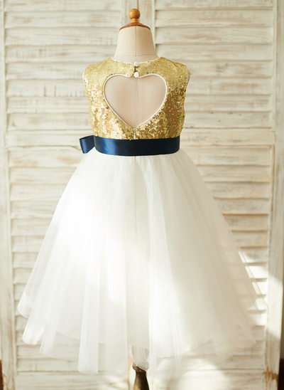 A-Line Knee-length Flower Girl Dress - Tulle/Sequined Sleeveless Scoop Neck With Sash/Back Hole (Detachable sash)