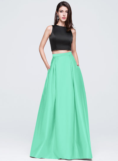 A-Line Scoop Neck Floor-Length Satin Prom Dresses With Pockets