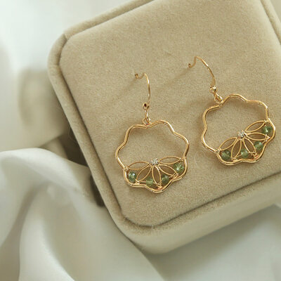 Ladies' Beautiful Gold Plated/Brass With Round Crystal Earrings For Bridesmaid/For Friends
