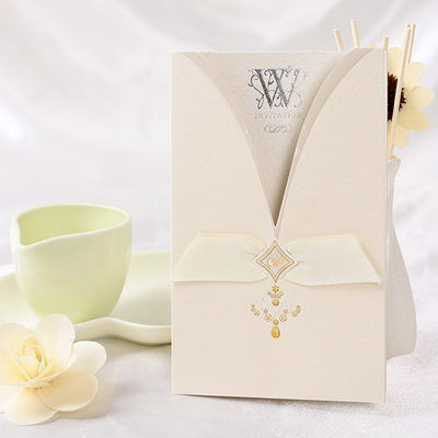 Classic Style Wrap & Pocket Invitation Cards (Set of 50)