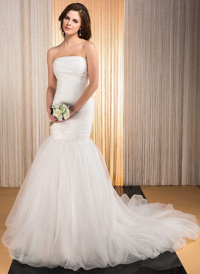 Trumpet/Mermaid Strapless Chapel Train Organza Wedding Dress With Ruffle