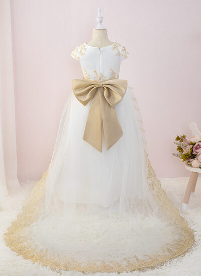 Ball-Gown/Princess Court Train Flower Girl Dress - Tulle/Lace Short Sleeves Scoop Neck With Bow(s)