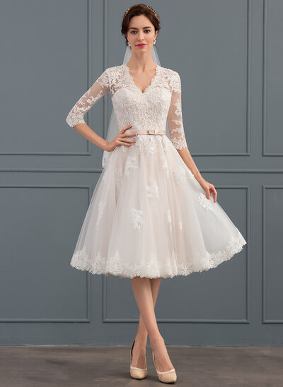 A-Line/Princess V-neck Knee-Length Tulle Wedding Dress With Bow(s)