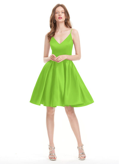 A-Line/Princess V-neck Knee-Length Satin Homecoming Dress