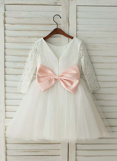 A-Line/Princess Knee-length Flower Girl Dress - Tulle/Lace Long Sleeves Scoop Neck With Bow(s)