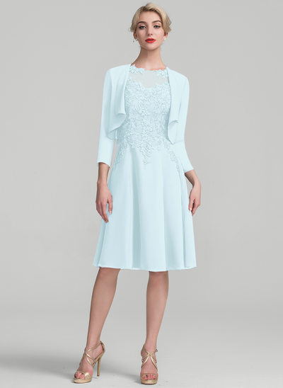 A-Line/Princess Scoop Neck Knee-Length Chiffon Lace Mother of the Bride Dress